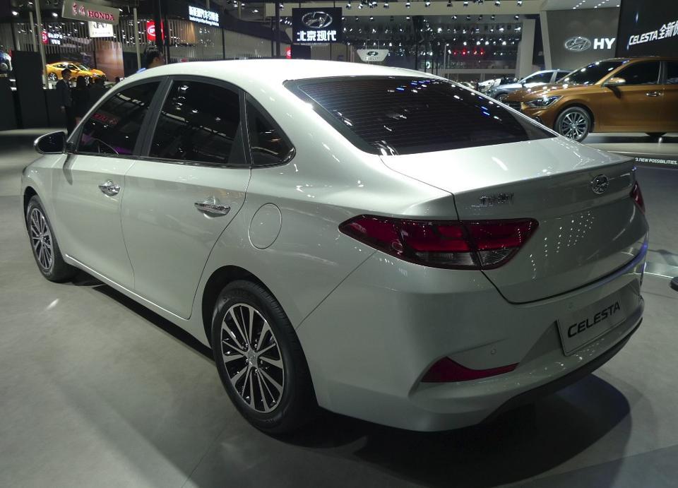 Hyundai Celesta 3