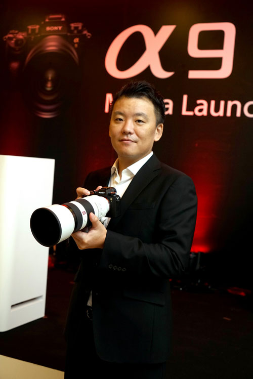 มร. เท็ทซูทากะ ซูดะ ผู้จัดการทั่วไป ฝ่ายการตลาด บริษัท โซนี่ ไทย จำกัด